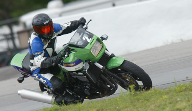 Kawasaki ZRX 1100 - the fast green one
